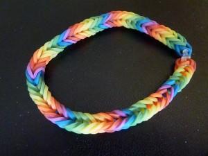 Regenbogen-Solibändchen